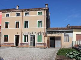 818 - Monteforte d'Alpone