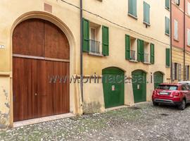 2184 - Correggio Centro Storico