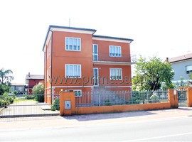 2734 - Villa Bartolomea